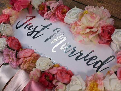 Табличка на свадебный автомобиль, розовая