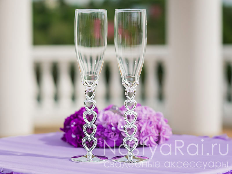 Фото. Бокалы на свадьбу