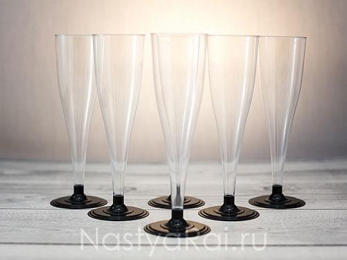 Одноразовые бокалы, тарелки, салфетки...