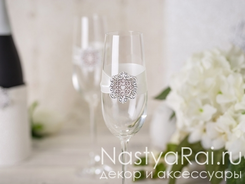 """Свадебные бокалы для шампанского """"Диана"""""""