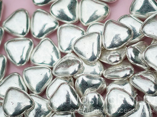 Свадебное драже-сердечки, серебряные