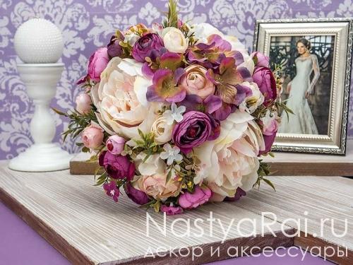 Белый букет-дублер из роз