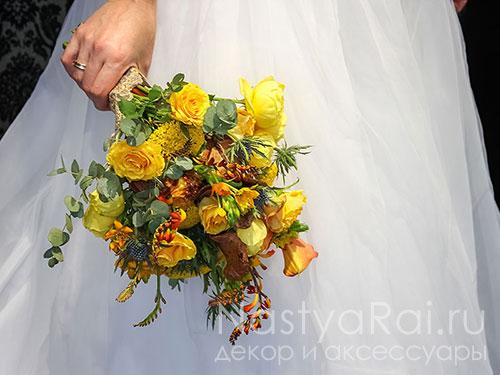 Букет невесты из розы, каллы и орнитогалума