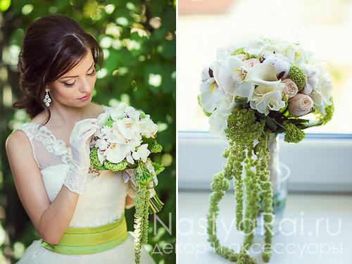Букет невесты из роз, хлопка, орхидей