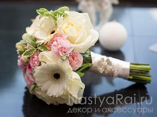 Букет невесты с герберами