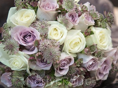 Нежный букет невесты в сиреневом цвете