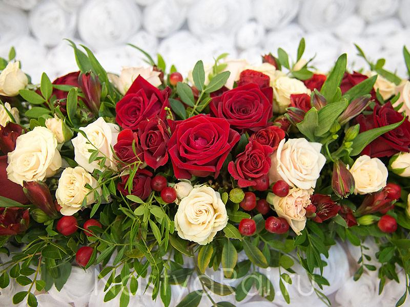 Цветы на гостевые столы