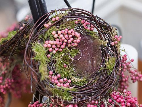 Подушечки из живых цветов
