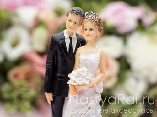 Фигурка на свадебный торт, невеста с диадемой