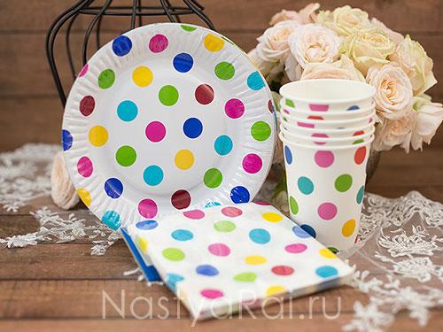 Бумажные салфетки в горошек