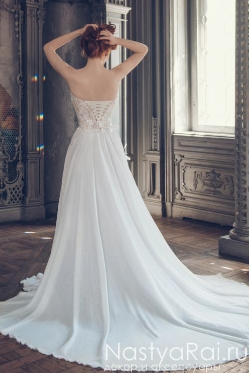 Длинное свадебное платье с кружевным верхом и шлейфом ZIS003