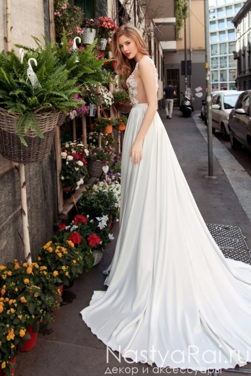 Свадебное платье с разрезом ZAR007