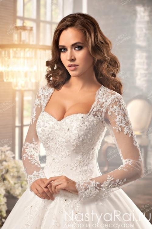Свадебное платье с двойным шлейфом NW002
