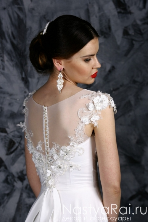 Шифновое свадебное платье с 3D-цветами ZOF003