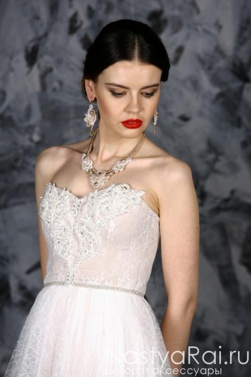 Свадебное платье из оригинального кружева ZOF002