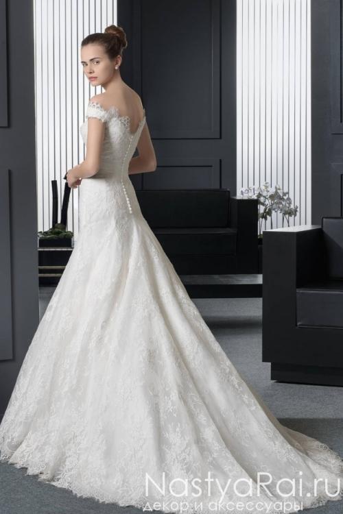 Кружевное платье с шлейфом ROSA CLARA 8A91
