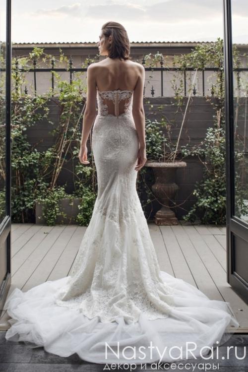 Свадебное платье с декольте RIKI DALAL RD-210