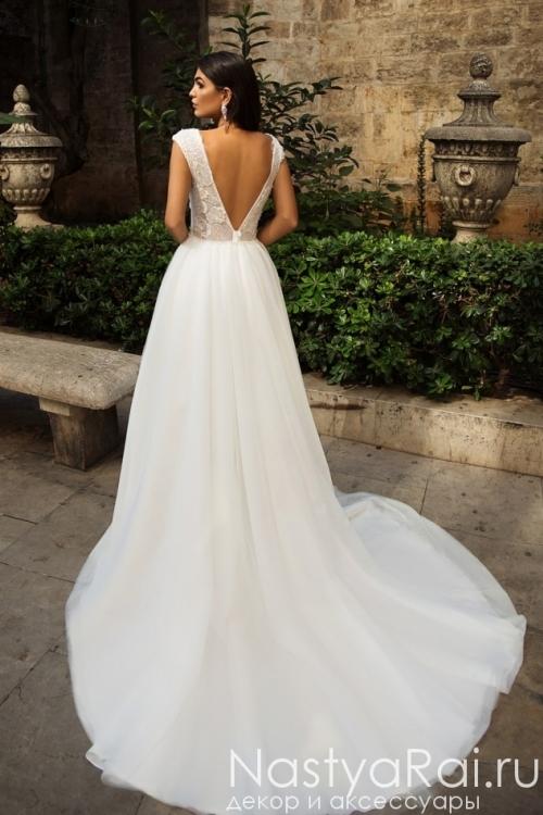 Свадебное платье со шлейфом ZIT001