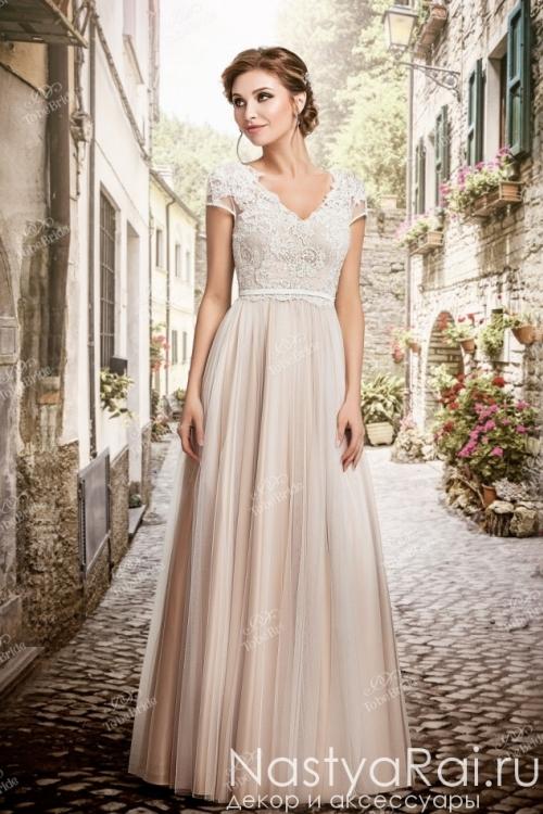 Свадебное платье с вырезом на спине TB081