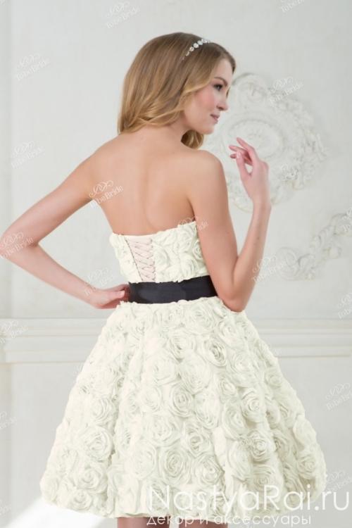 Короткое вечернее платье с 3D-розами NN064B