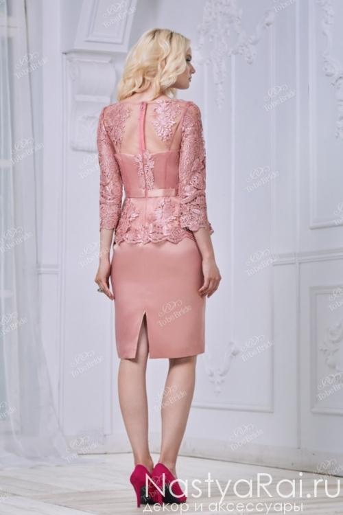 Вечернее платье с баской и узким поясом NN033B