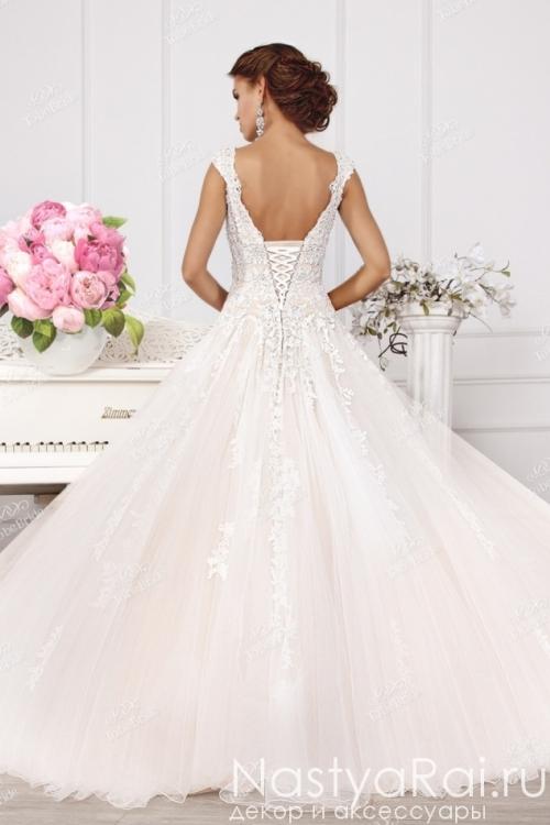Пышное свадебное платье с кружевом SL0170