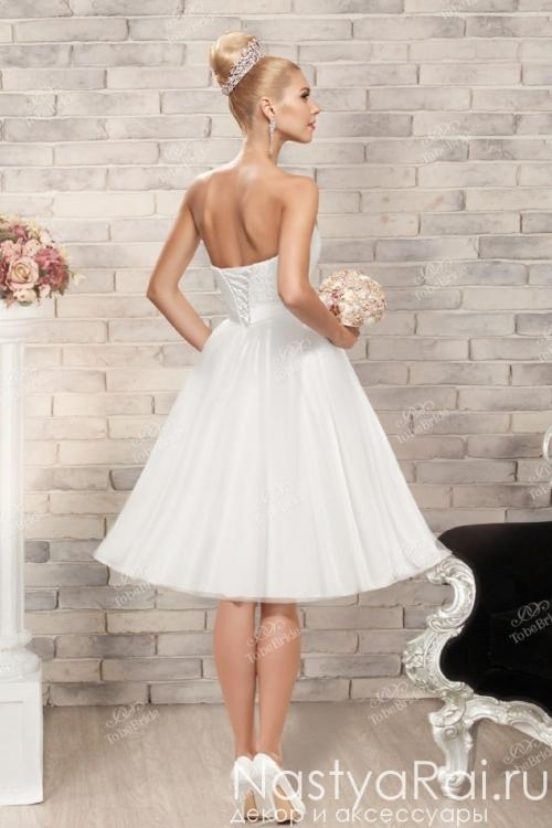 Свадебное платье с декоративным цветком BB369