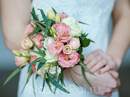 Стильный букет невесты из роз — 12