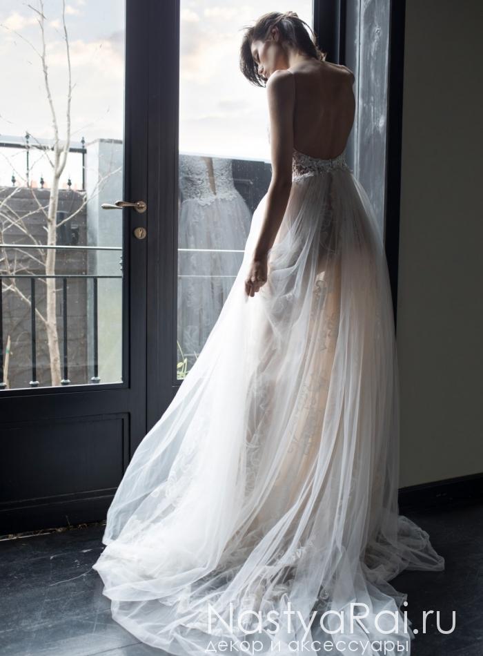 8e1d3d69180 Фото. Полупрозрачное свадебное платье с жемчугом RIKI DALAL RD-213.