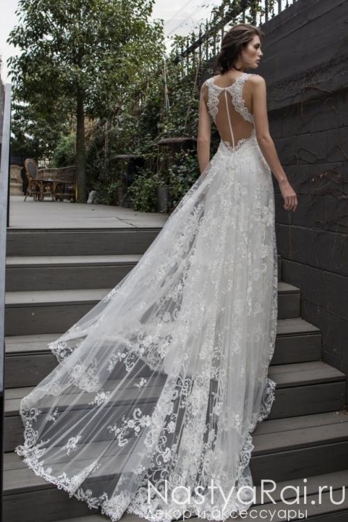 fa927dbadac Свадебное платье с открытой спиной ZVS001. Свадебное платье с кружевным  шлейфом RIKI DALAL RD-209 ...