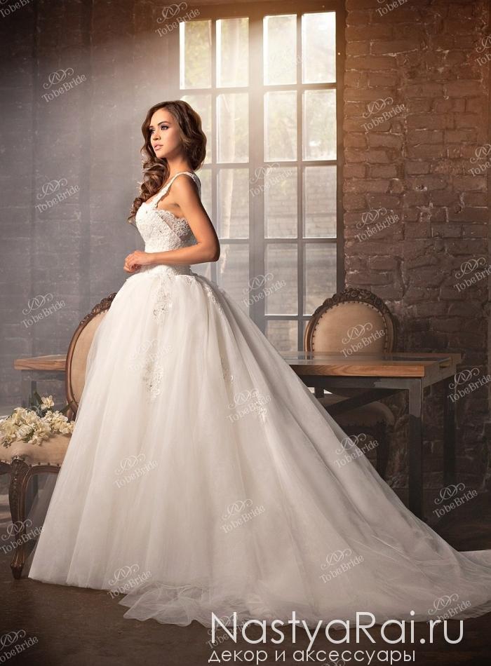b6b9e170c76ee7b Фото. Пышное свадебное платье со шлейфом DA001.